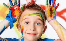 父母是如何伤害孩子的自尊的?